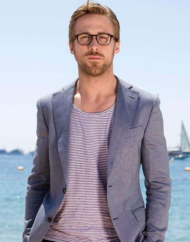 Ryan-Gosling-beach