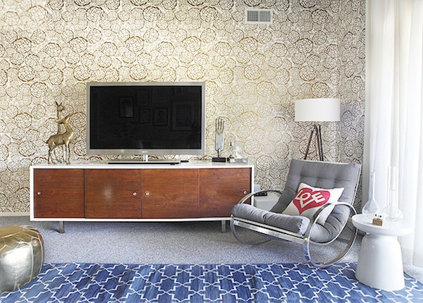 mid-century modern tv stand and milo baughman chair - stylebyemilyhenderson.com