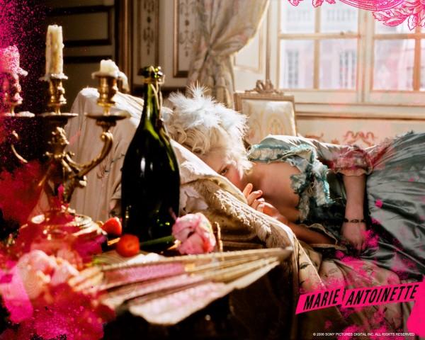 Marie_Antoinette_set_design