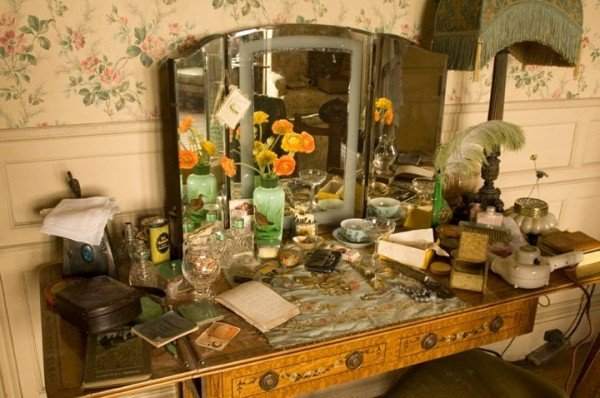 atonement-dressing-set