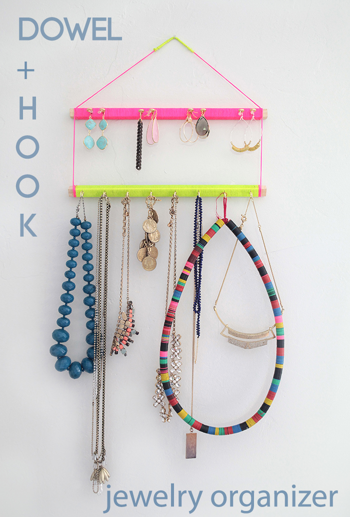hanging jewelry display