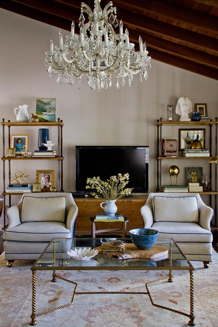 Living Room_Chair Coffee Table Shelf Chandelier