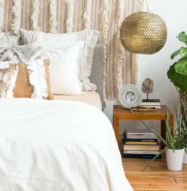 1 Bed 4 Ways_Desert Casual Glam_Neutral_Linen_Gold_Emily Henderson