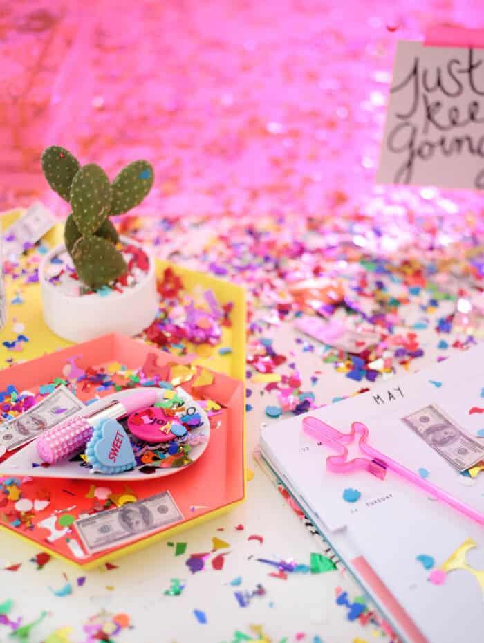 Emily_Henderson_Bando_Confetti_Desk