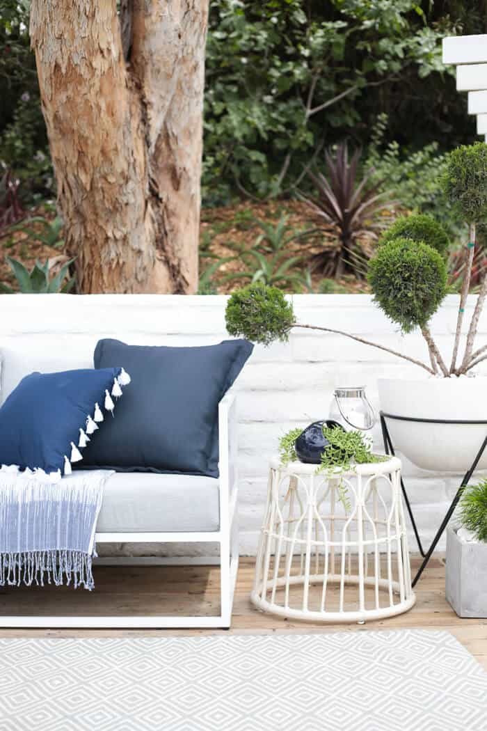 Emily_Henderson_Outdoor_Deck_Styling
