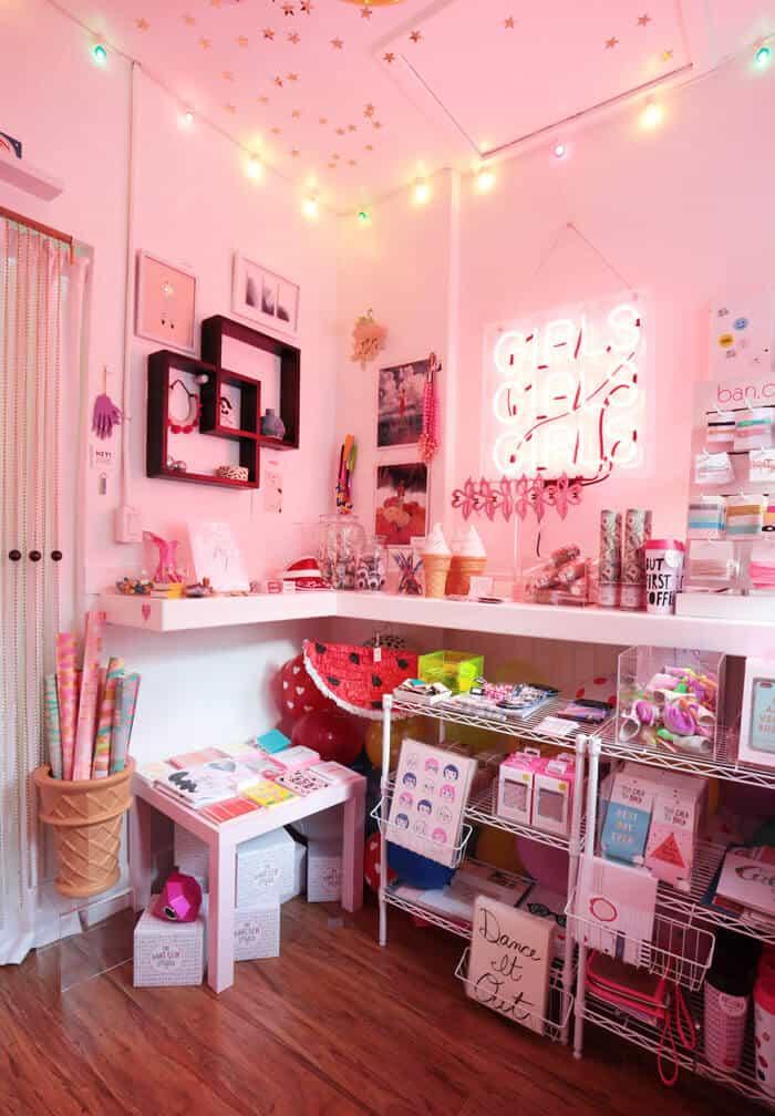 Girls_Pop_Up_Shop