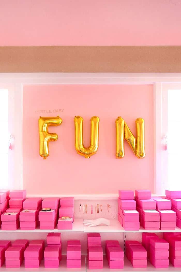 Emily_Henderson_Refinery_29_North_Star_Ballons