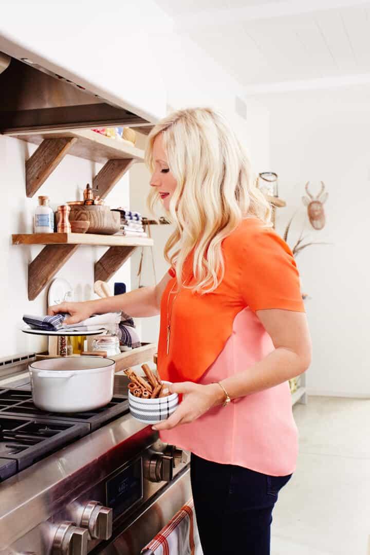 Emily_Henderson_In_The_Kitchen