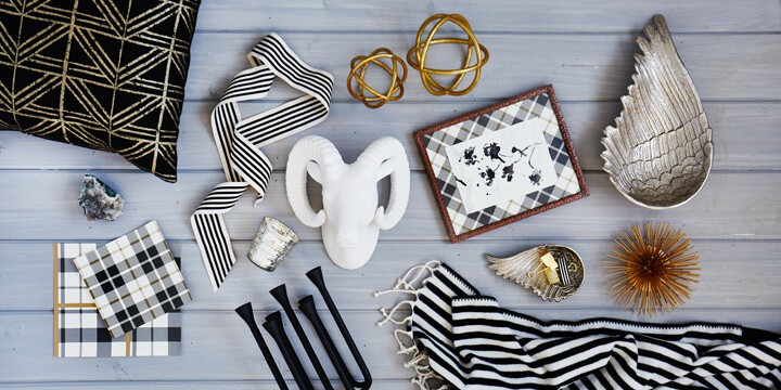 Target_Black_And_White_Style_Board