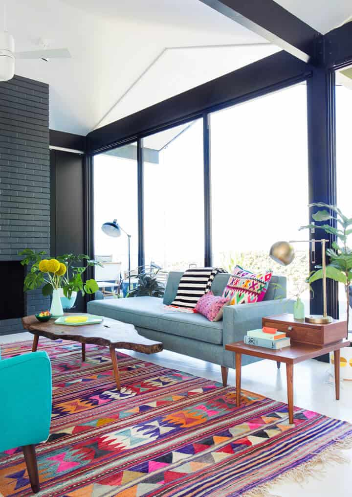 Colorful_Clean_Mid_Century_Living_Room