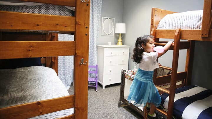 San Fernando Valley Rescue Mission_Emily Henderson_Bunk Beds_Modern_Blue_Coral_White_Kids Playing