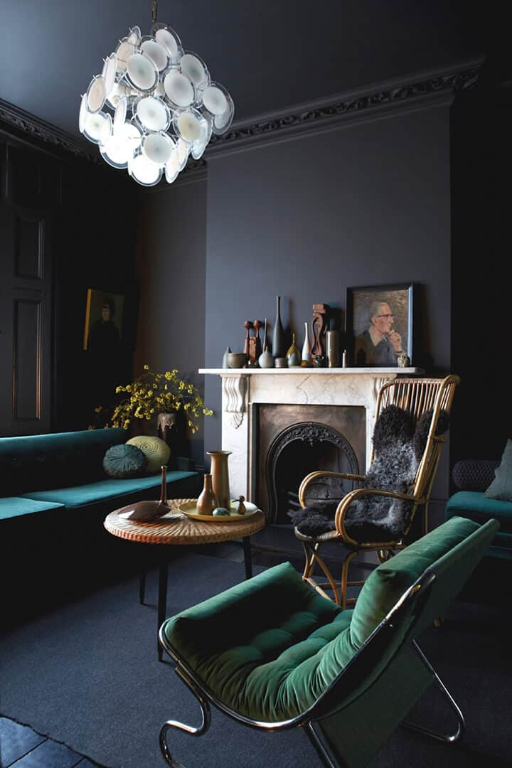 black living room_design trend_moody_masculine_BLACK