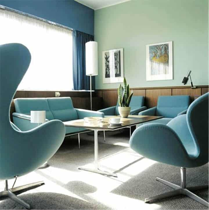 minimal design_living room_design trends_orange_red_pink_ACCENT WALL