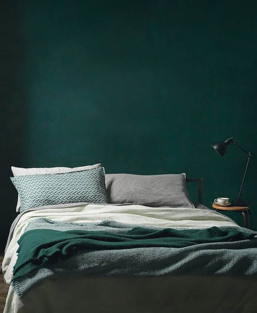 Color Trend Emerald and Teal Room Decor 7