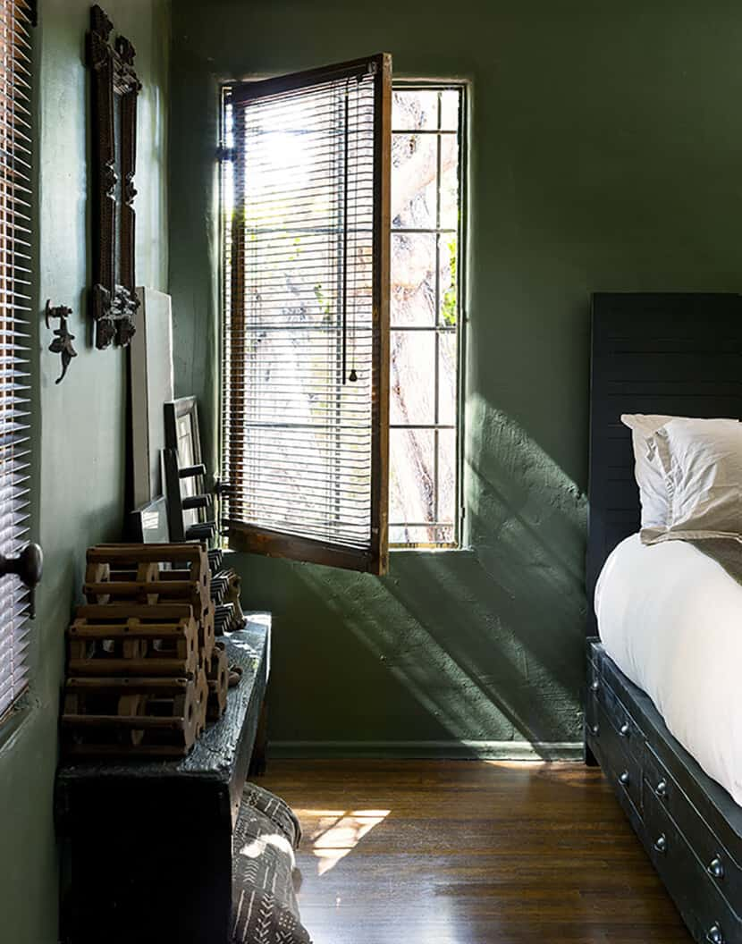 Color Trend Emerald and Teal Room Decor 8