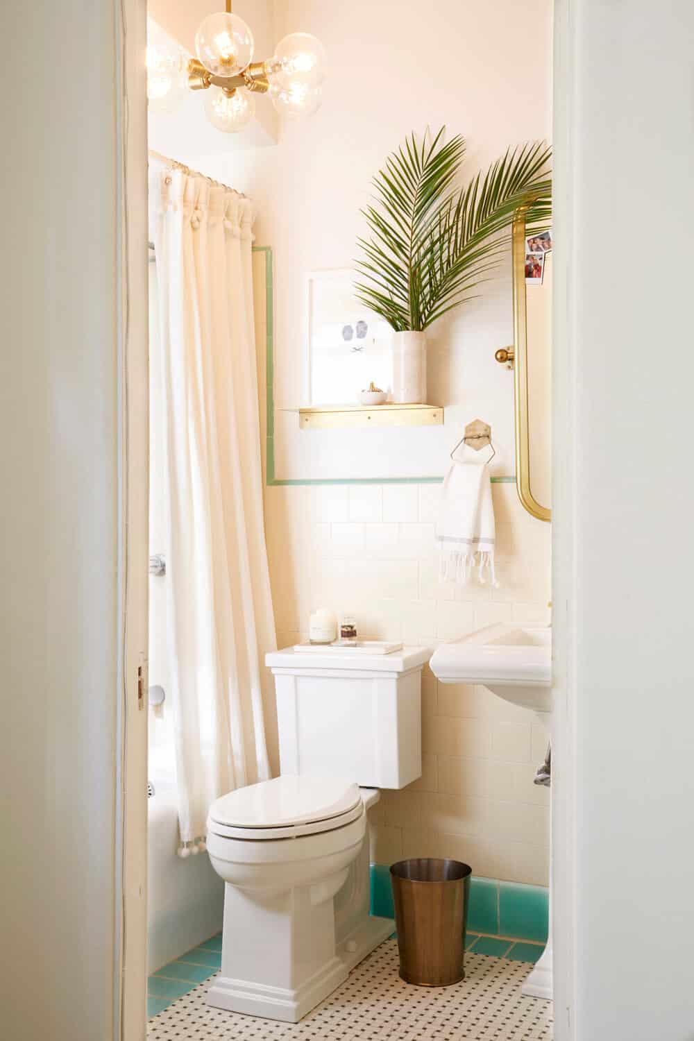 Apartment Rental Bathroom Makeover Takeover Redesign Brady Tolbert White and Turquoise _001
