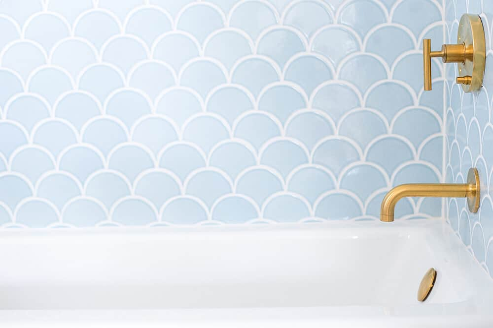 Design Mistakes Who Pays For Them After Photo Emily Henderson Light Blue Scallop Tile Bathtub