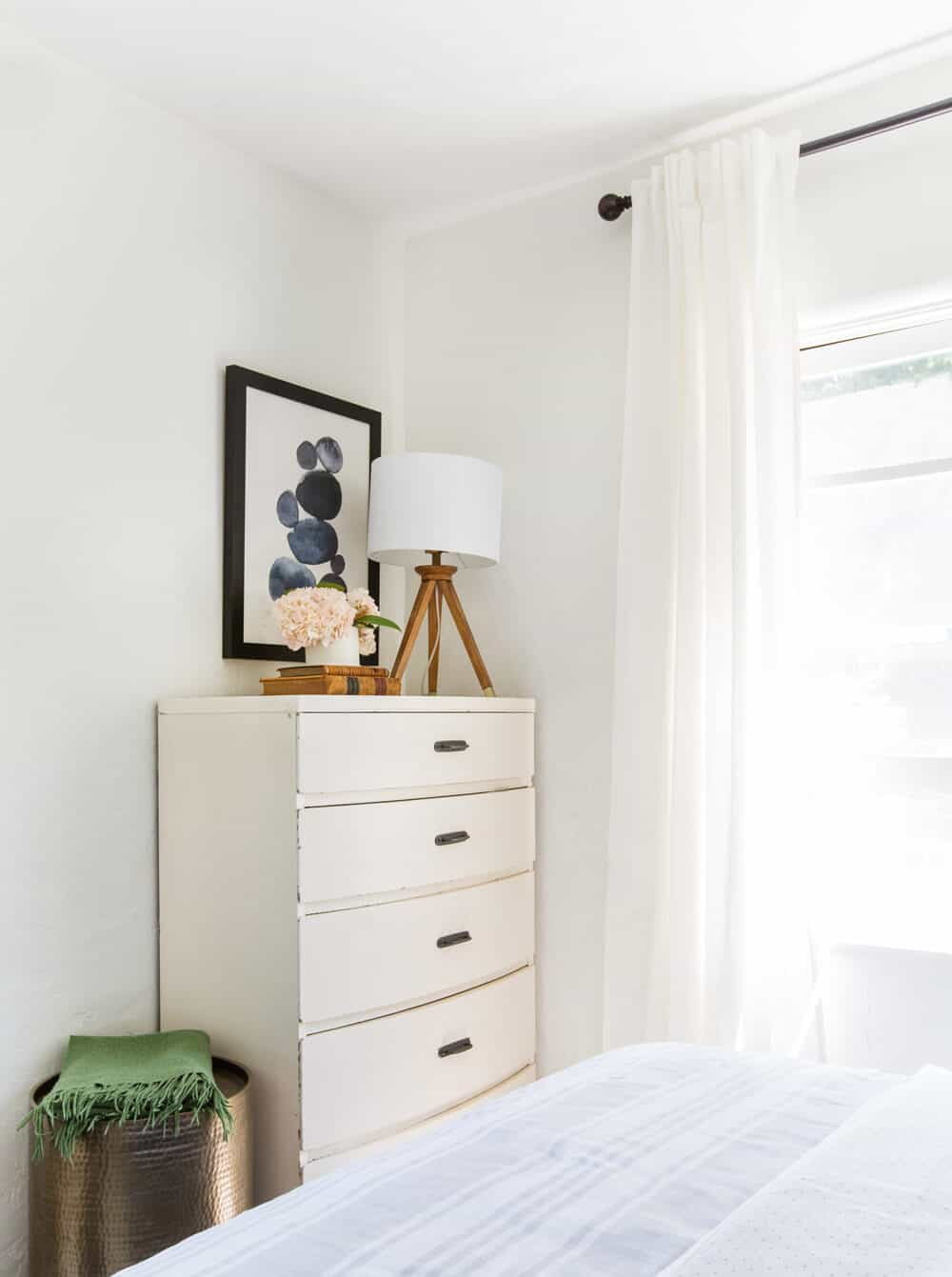 Haiku Fan Guest Bedroom Interior Makeover-4