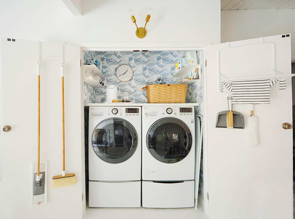 Laundry Room_Emily Henderson_Big Wave Wallpaper_Blue_LG_4