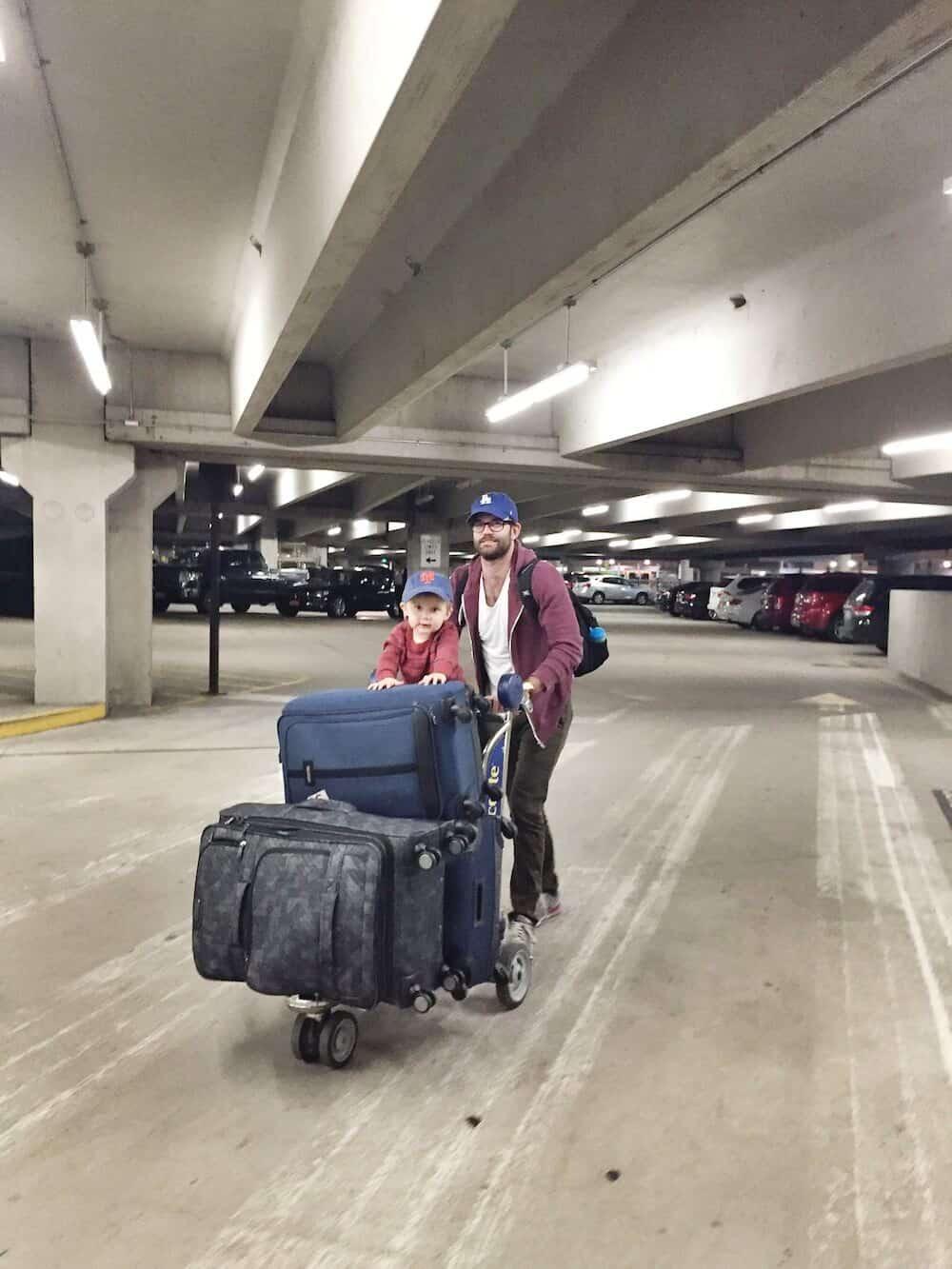 toddler-airport