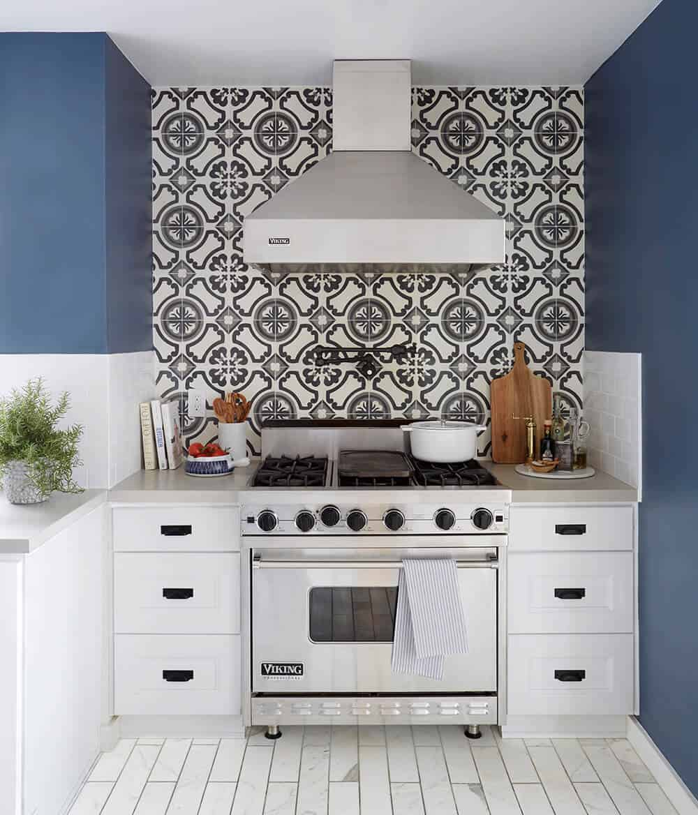 Revised Sarah Strabuel Kitchen Redesign Emily Henderson Design Home Makeover_1__001