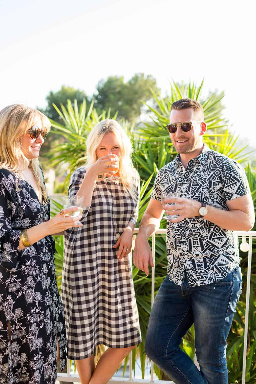 Summer Party_Outdoor Entertaining_Emily Henderson_Blackbox Wines_Flowers_Casual_Pink_Orange_Modern_Organic_Boho_Black_Grey_Blue_32
