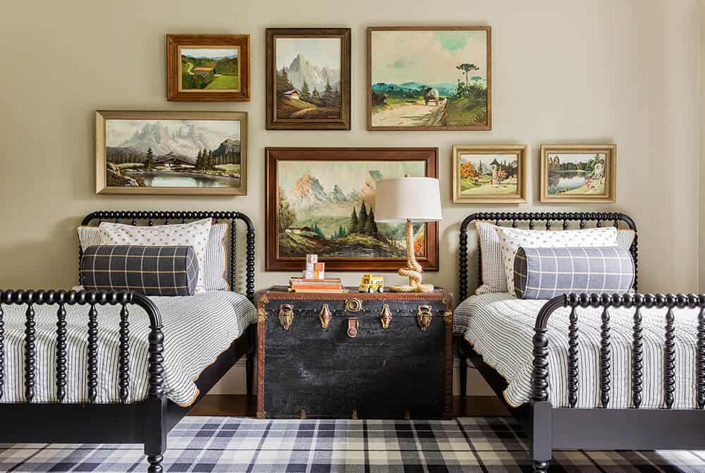 Emily Henderson_Sabbe-Interior-Design-Shared-Bedroom-Spindle-Twin-Beds