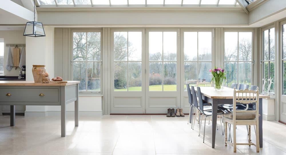 devol-kitchens__english-shaker_traditional-design_kitchen_simple_tudor_country_designer-spotlight_emily-henderson_inspiration_15