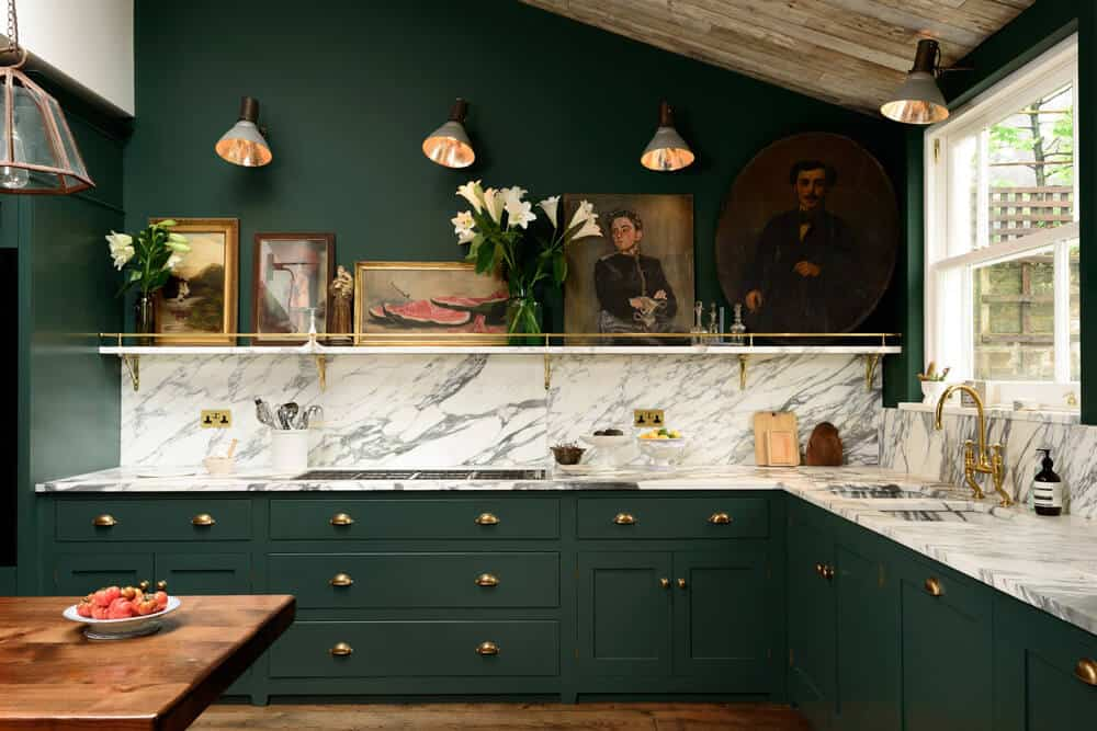devol-kitchens__english-shaker_traditional-design_kitchen_simple_tudor_country_designer-spotlight_emily-henderson_inspiration_3