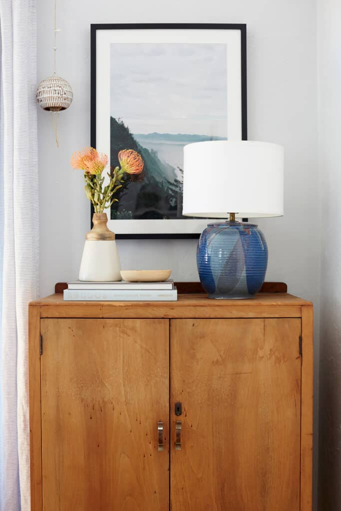 ginny_macdonald_entry_table