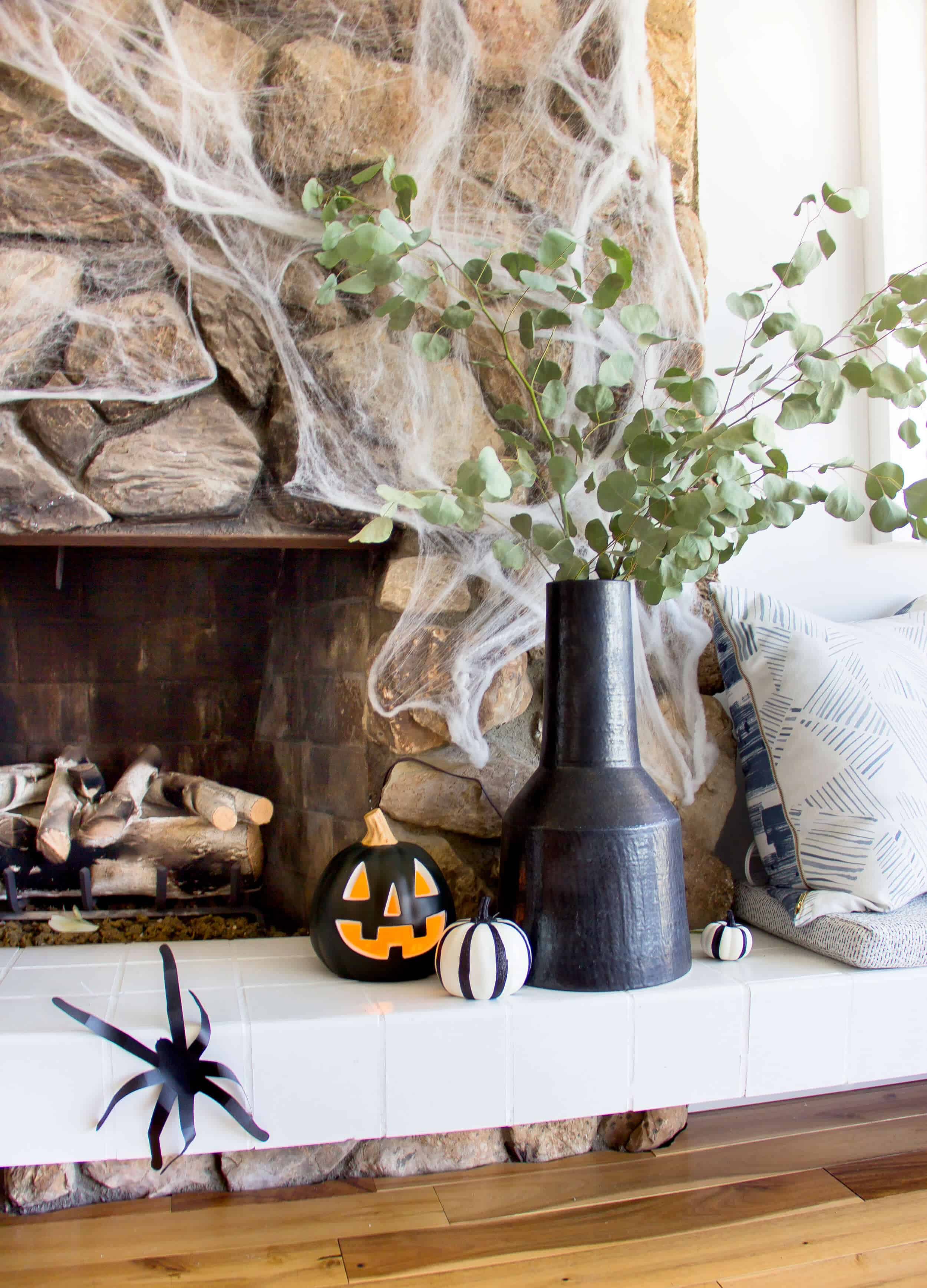 emily-henderson_fall-decorating_halloween_target_living-room_autumn_pumpkin_spider-web_decor_easy_affordable_5