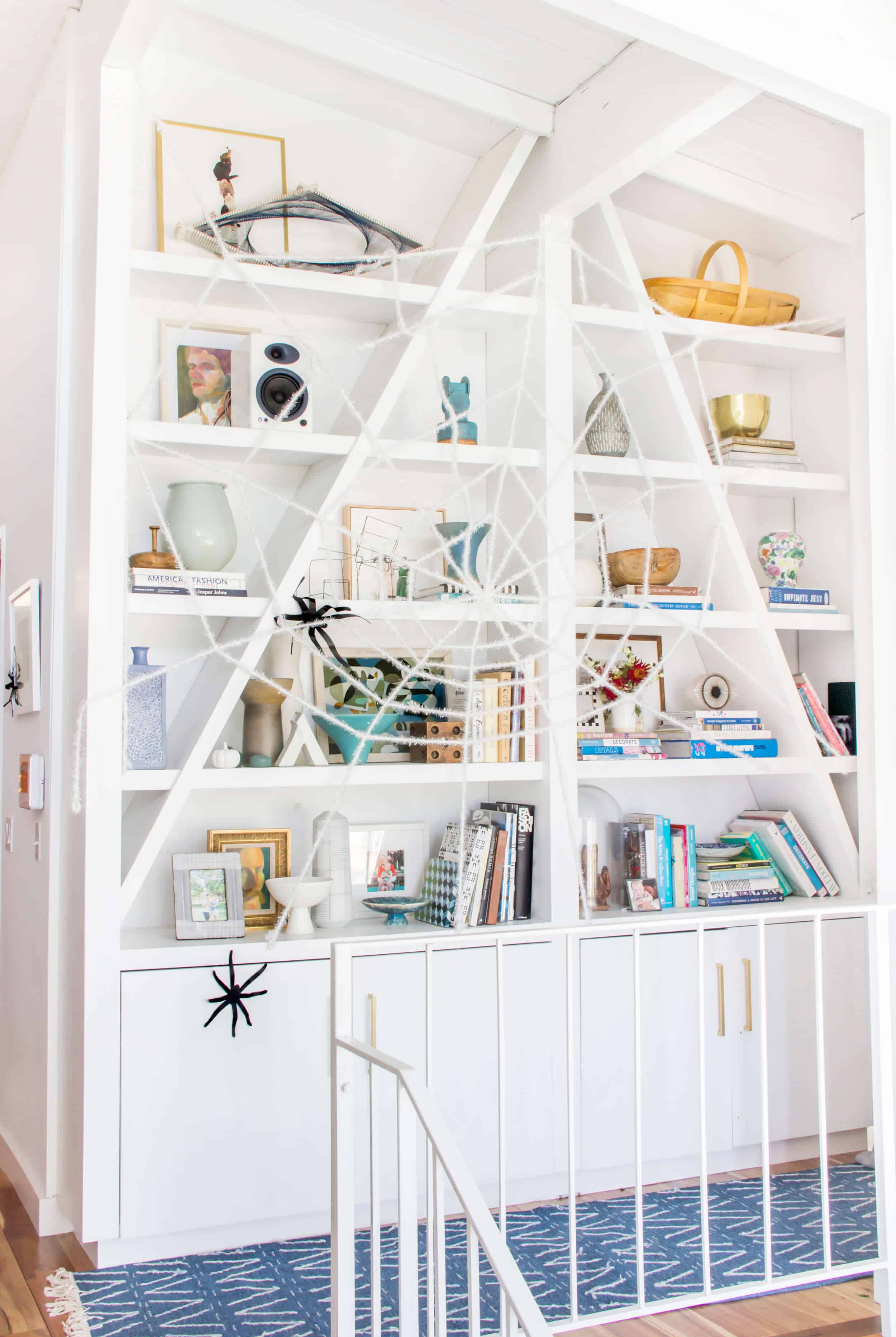 emily-henderson_fall-decorating_halloween_target_living-room_autumn_pumpkin_spider-web_decor_easy_affordable_6