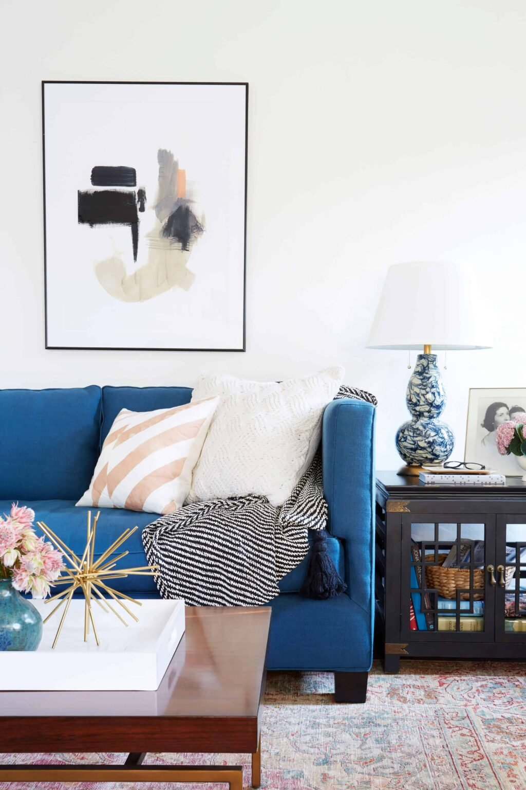emily-henderson_lorey-living-room_formal_traditional_bright_airy_eclectic_3