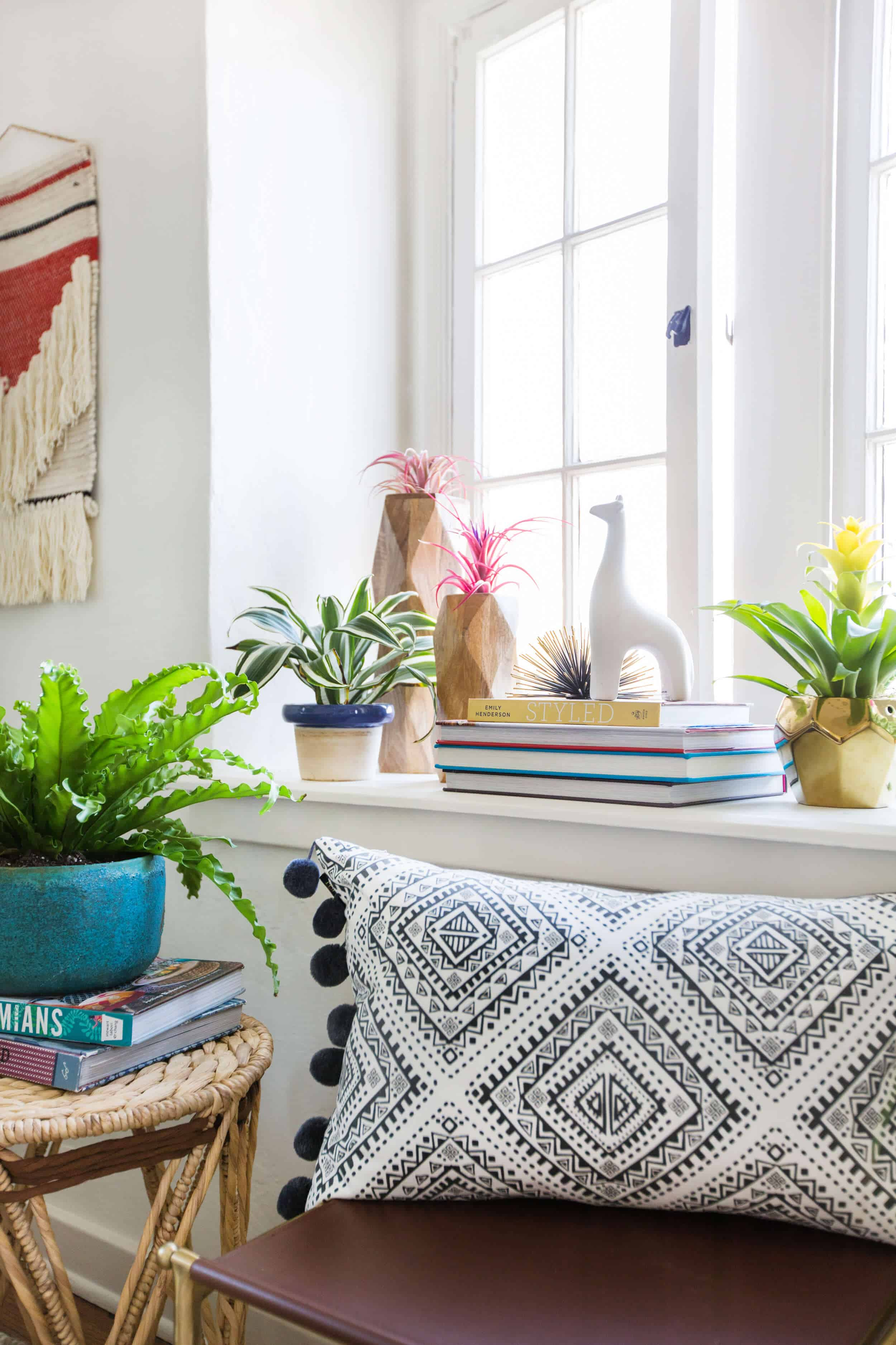 emily-henderson_target_find-your-style_vignette_boho_anthro_eclectic_collected_8