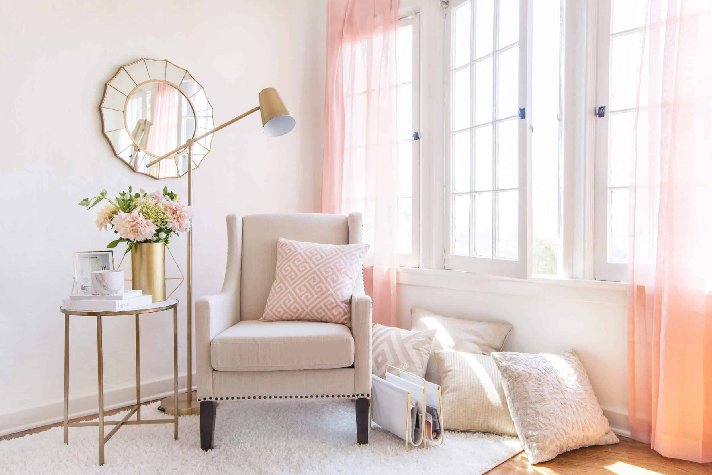 emily-henderson_target_find-your-style_vignette_lux-and-glam_refined_upscale_contemporary_rich_1