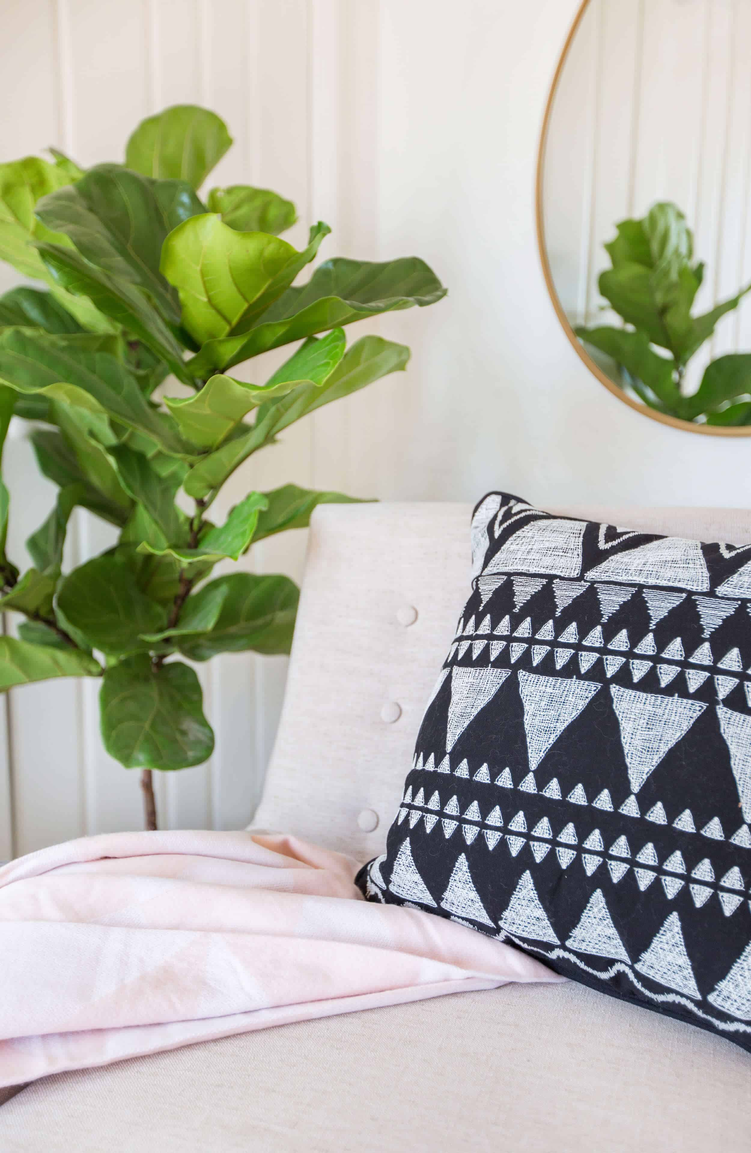 emily-henderson_target_find-your-style_vignette_scandinavian_relaxed_natural_airy_modern_10