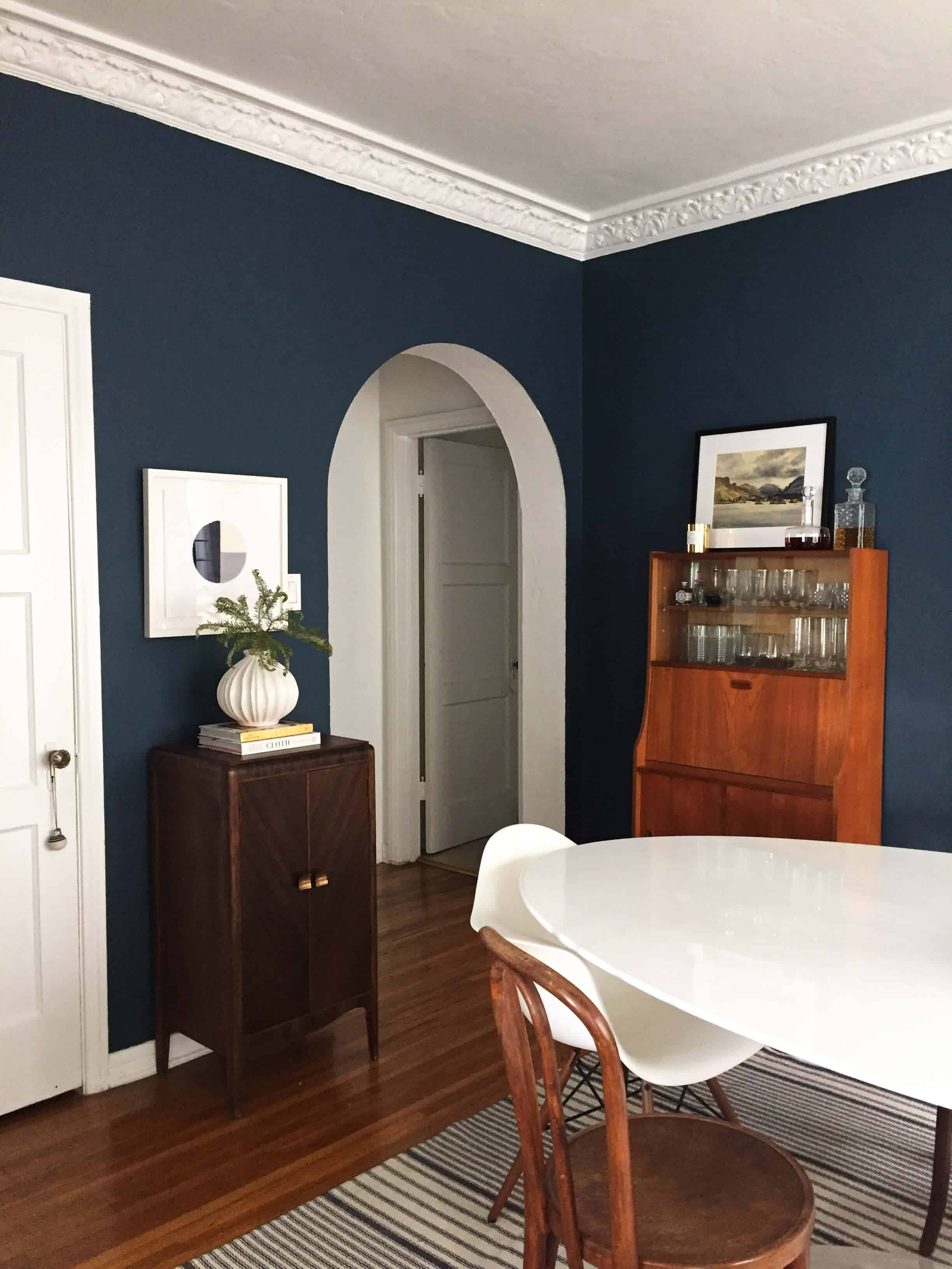 ginny_emily-henderson_jane-denton_art_textile_dining-room_1