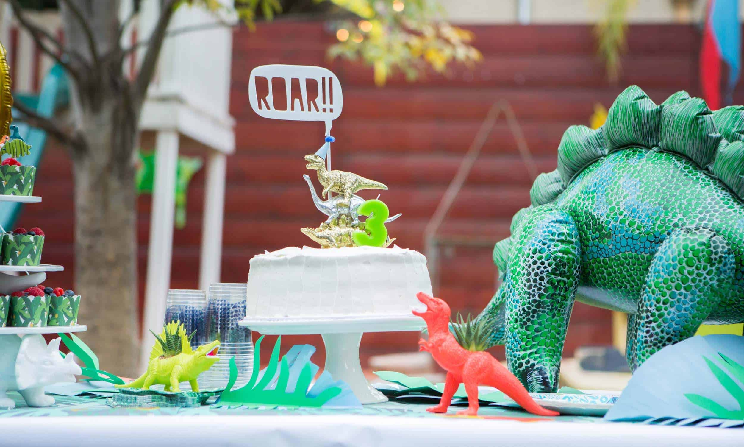 emily-henderson_family_charlie-3rd-birthday_dinosaur_themed-party_19