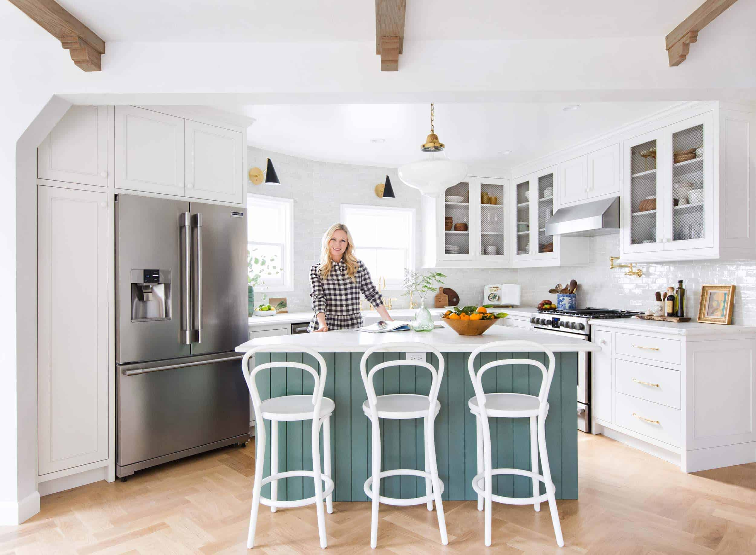 emily-henderson_frigidaire_kitchen-reveal_waverly_english-modern_edited-beams_2