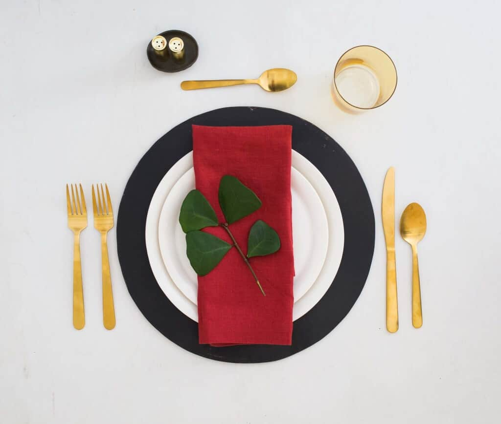 emily-henderson_green-and-blacks_chocolate_colorful_table-setting_3