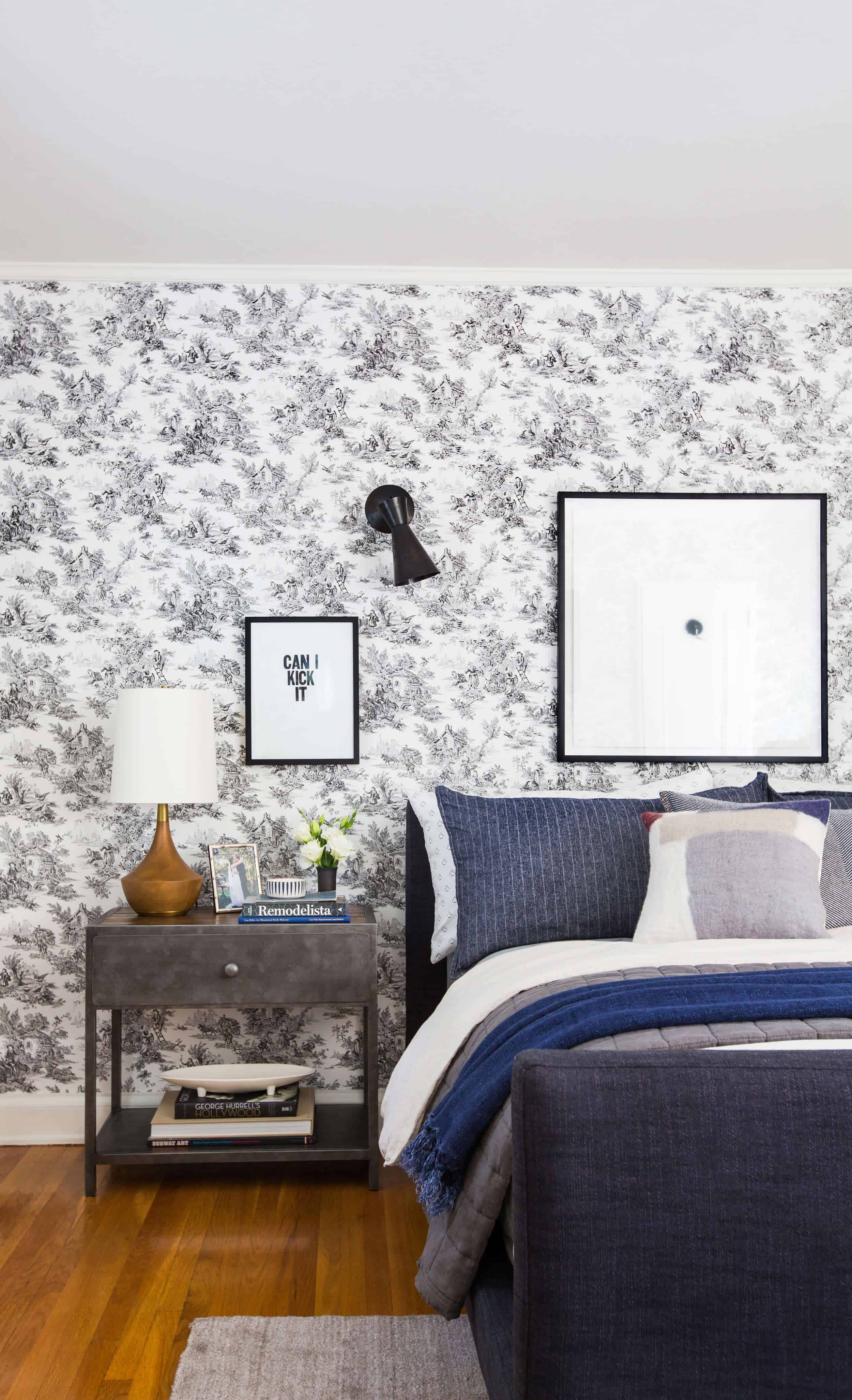 Emily-Henderson_Full-Design_Little-Guest-Room_Traditional_Eclectic_Bedroom_Pics_32