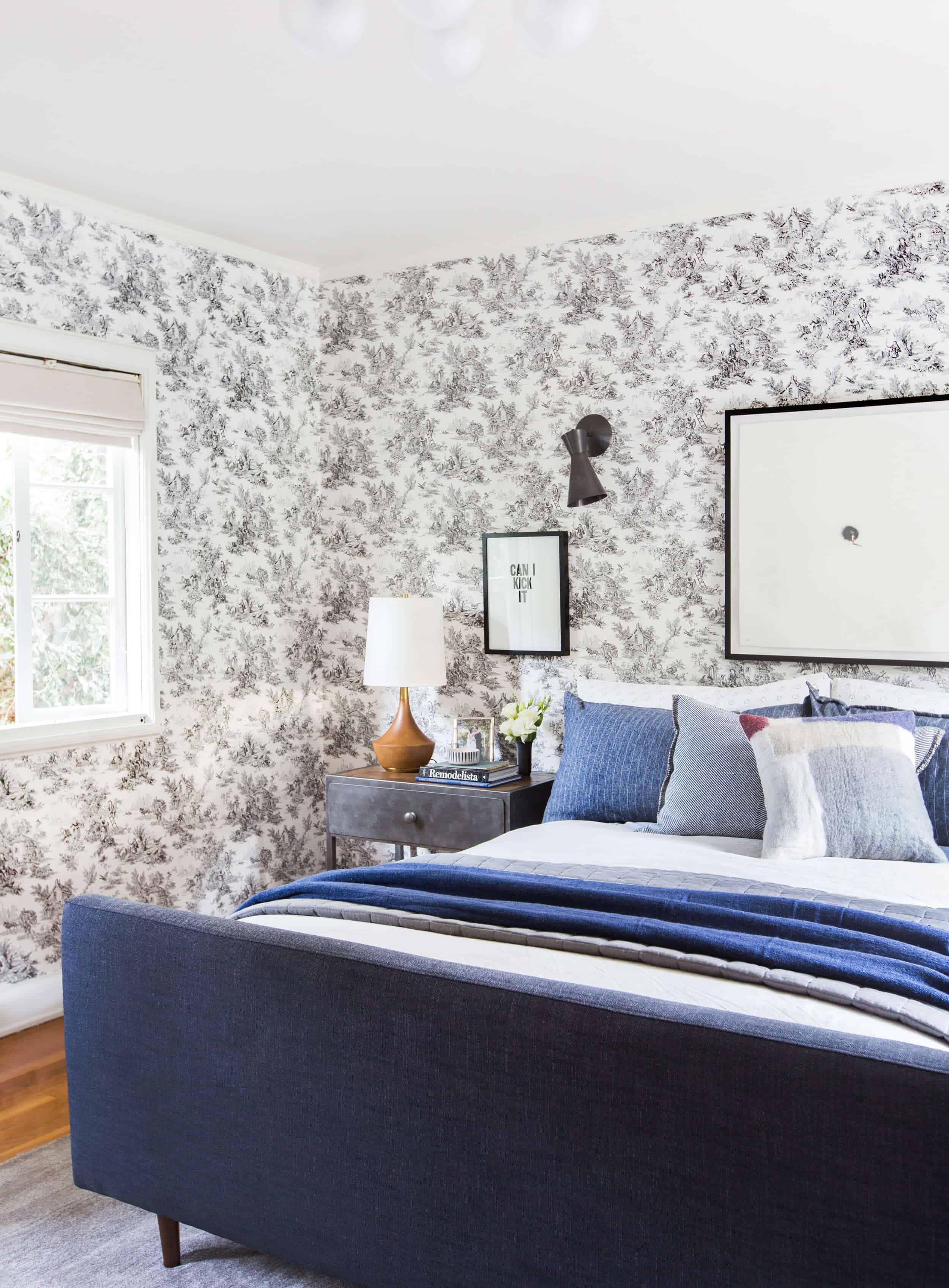 Emily-Henderson_Full-Design_Little-Guest-Room_Traditional_Eclectic_Bedroom_Pics_91