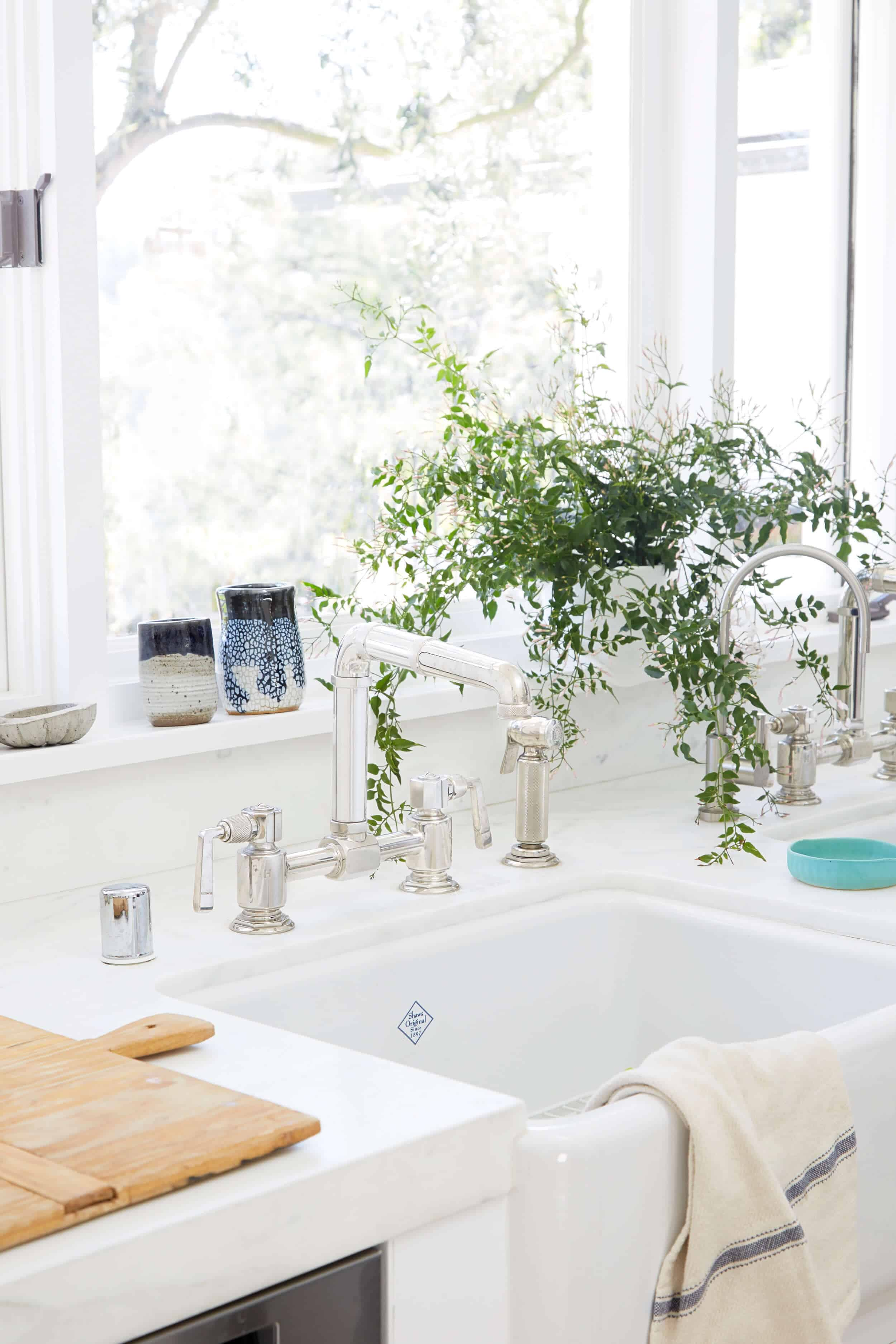 Emily Henderson_House Tour_Tomer_Styled_Book_Modern_Rustic_7