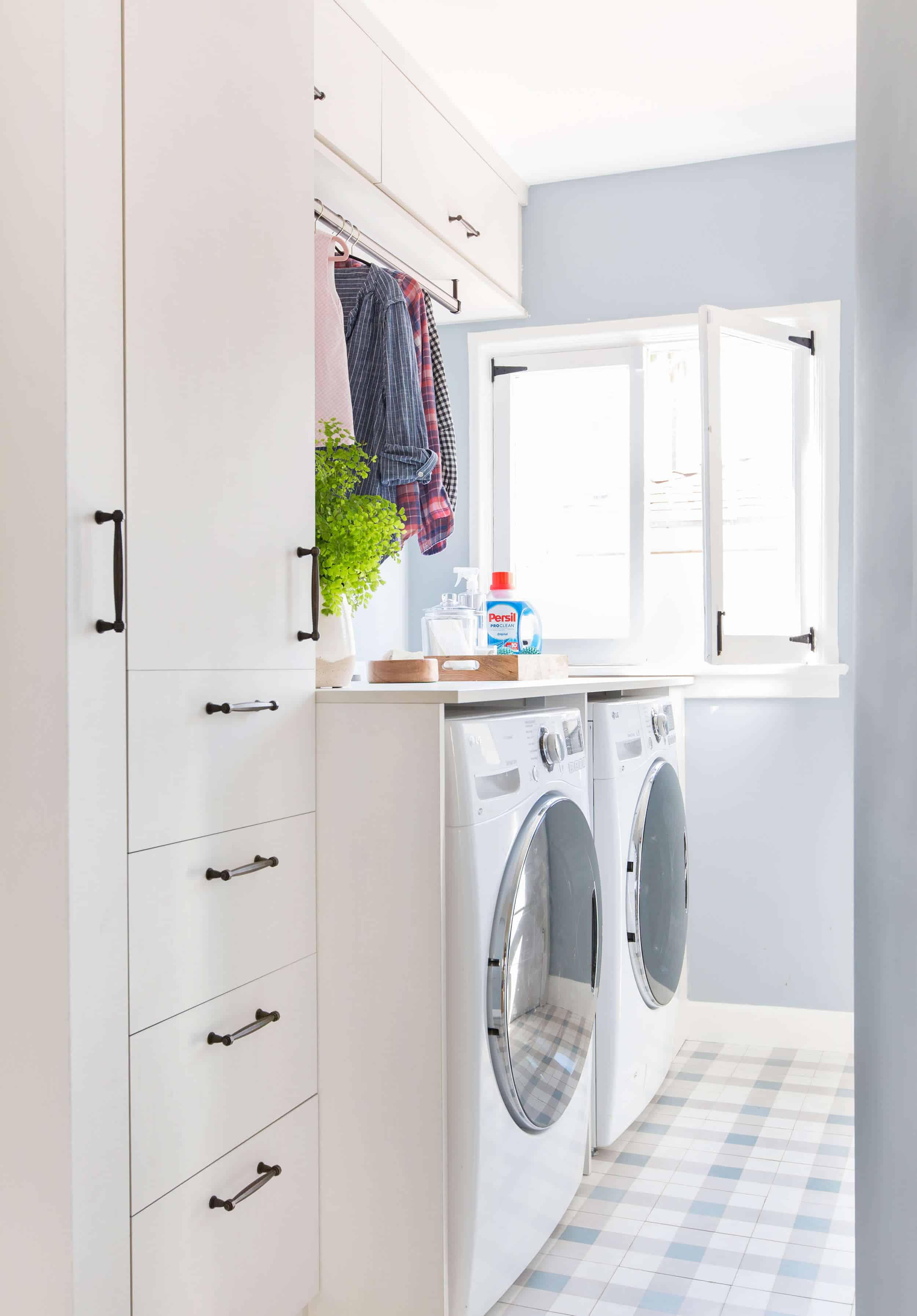 Emily-Henderson_Modern-English-Cottage_Laundry-Room_Persil_California-Closets_Photos_25