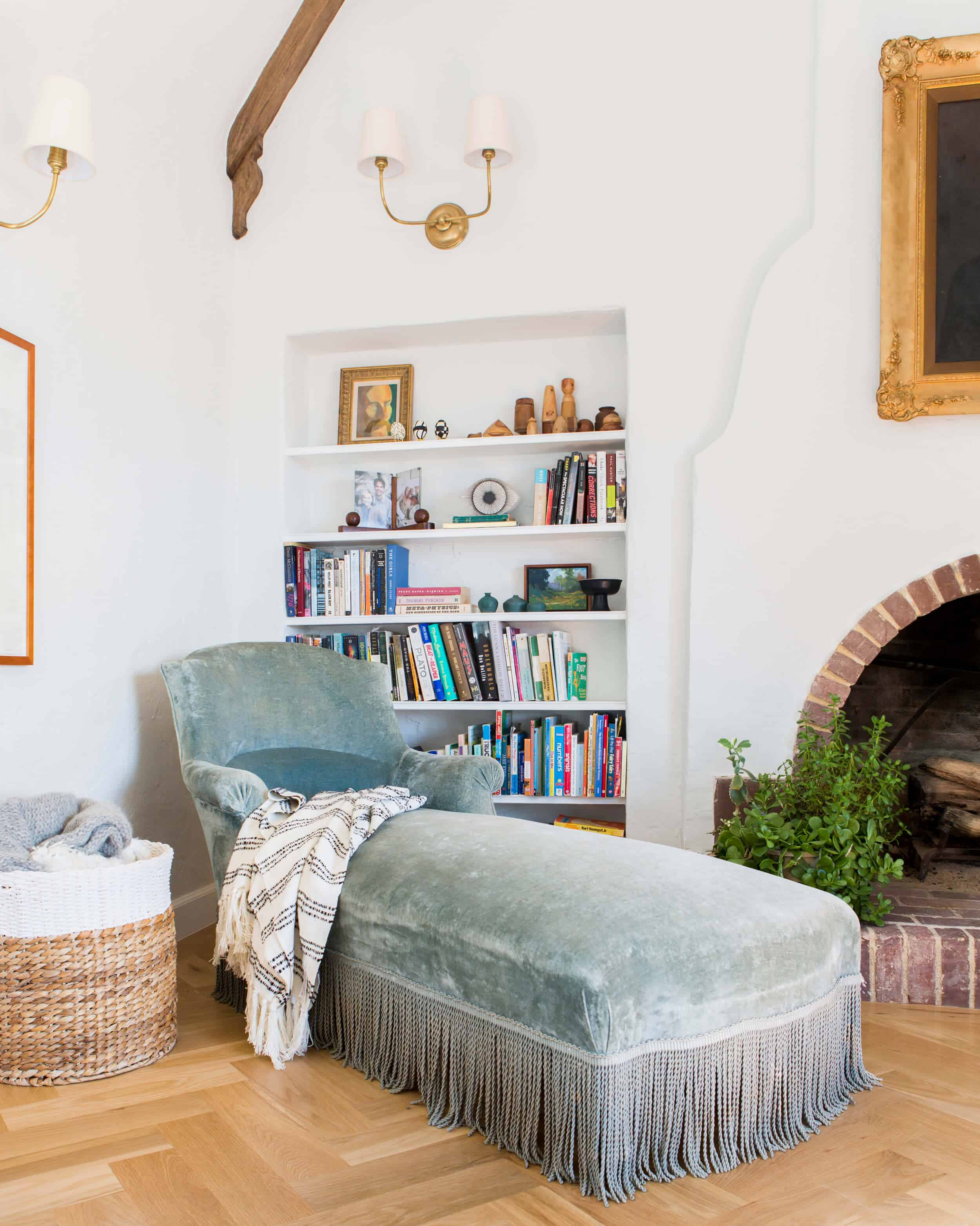 Emily-Henderson_Waverly_House-Updates_Vignettes_Eclectic_Traditional_Cozy_English_Country_Updates_9