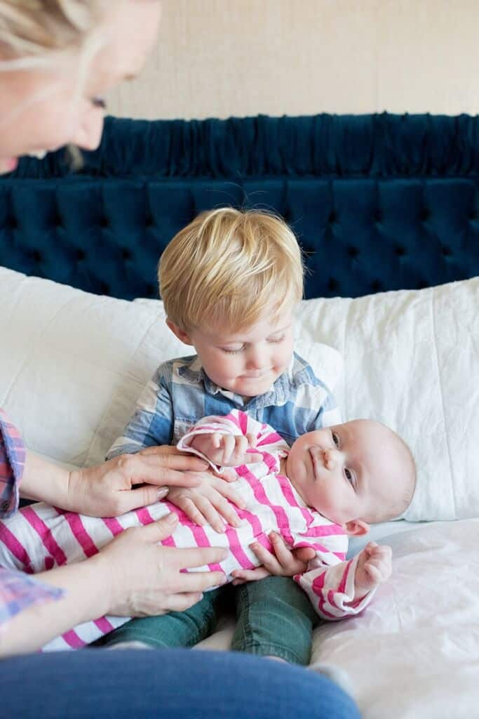Parenting-young-siblings-Emily-Henderson-683x1024