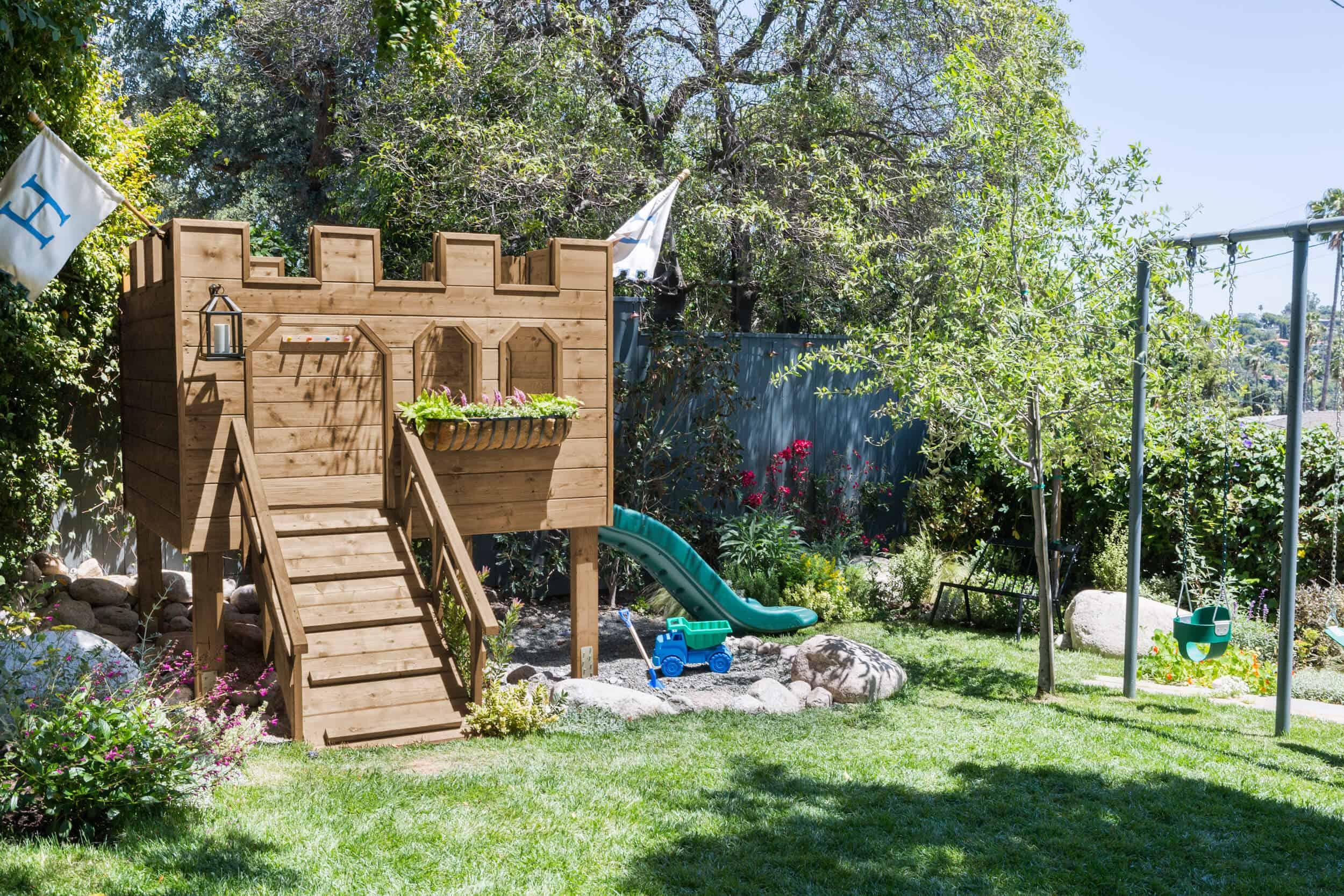 Emily-Henderson-Backyard-211