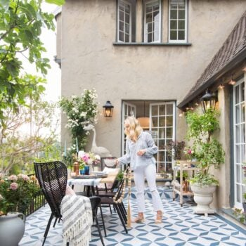 Emily-Henderson_House-Beautiful_Courtyard_Tile_Modern_English_Country_10