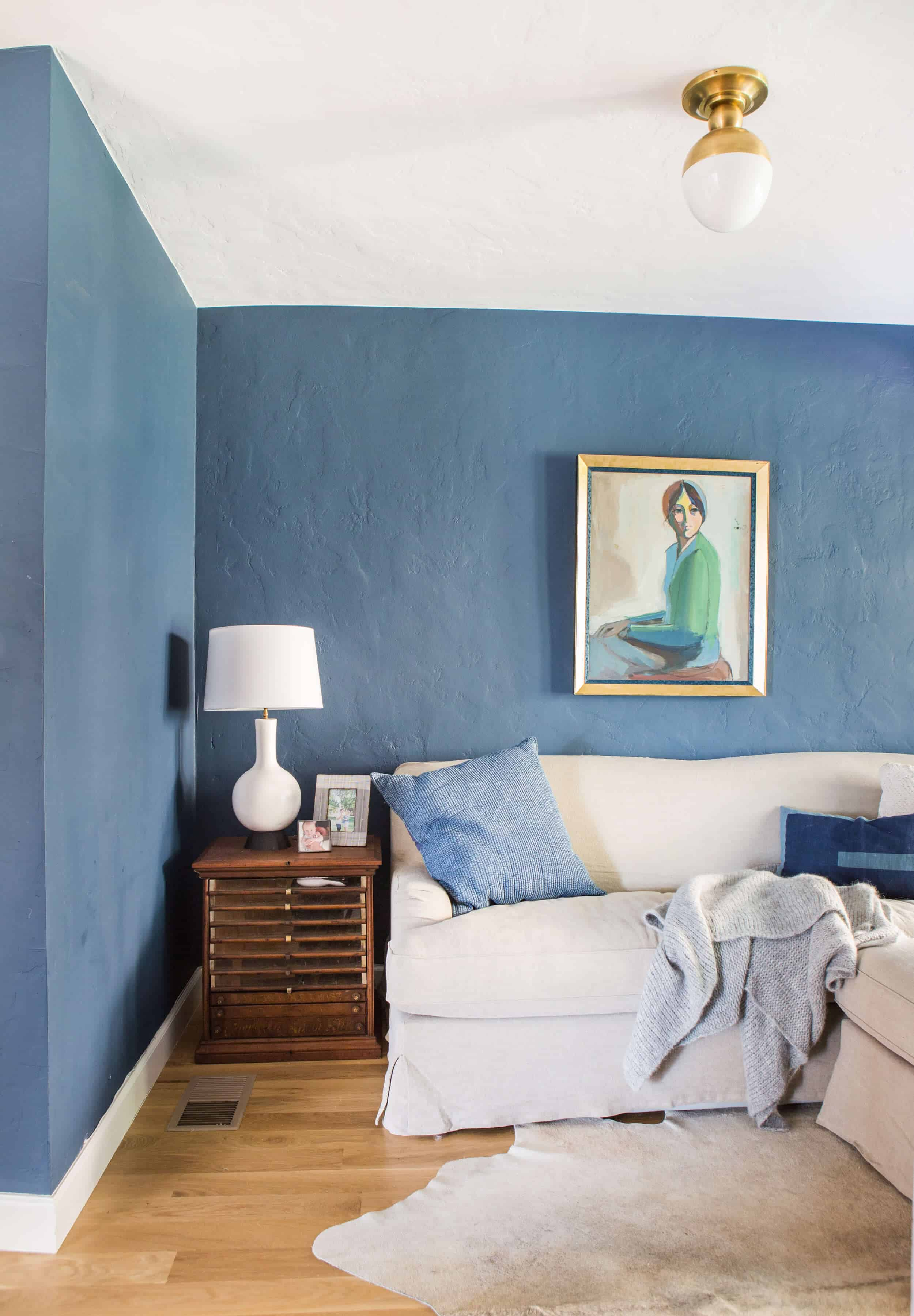Emily-Henderson_New-House_Modern-English-Cottage_Updates_Family-Room_Blue-Paint-with-Sofa_2