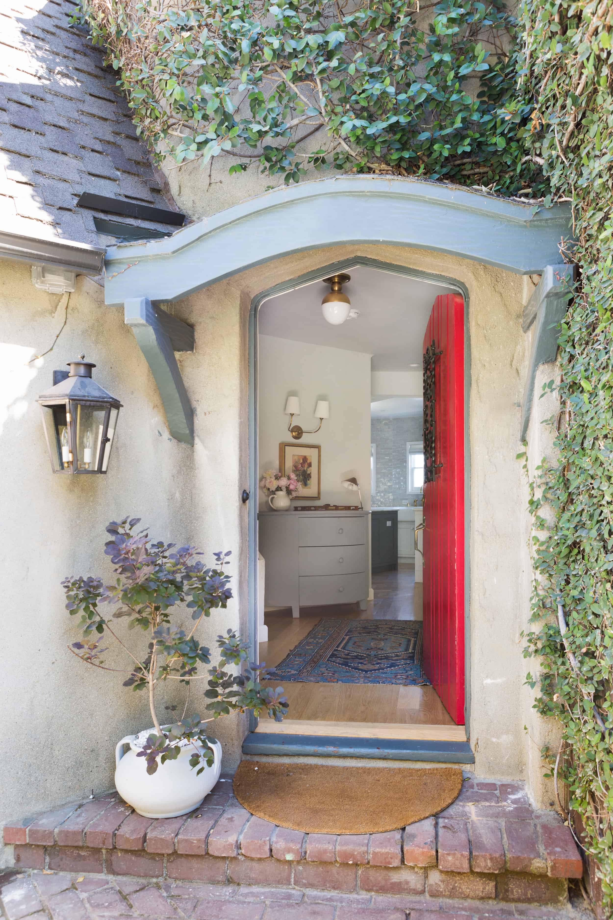 Emily-Henderson-Entry-Way-Ask-The-Audience_06